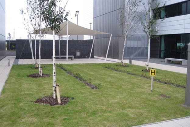 Smoking Shelter, Maxim Park, Eurocentral