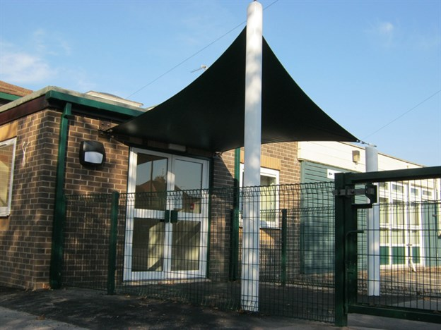 School Entrance Canopy, Hatfield Crooks