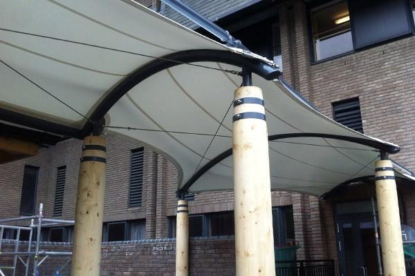 Walkway Canopy, Leeds General Infirmary