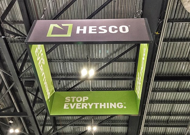 Hanging Banners, Hesco