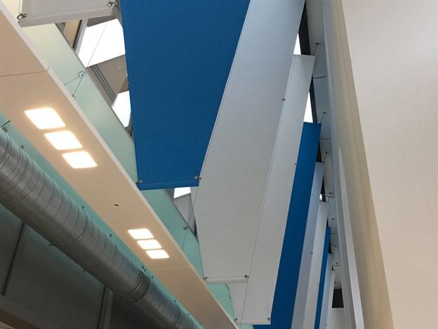 Workplace Anti-Glare Solution